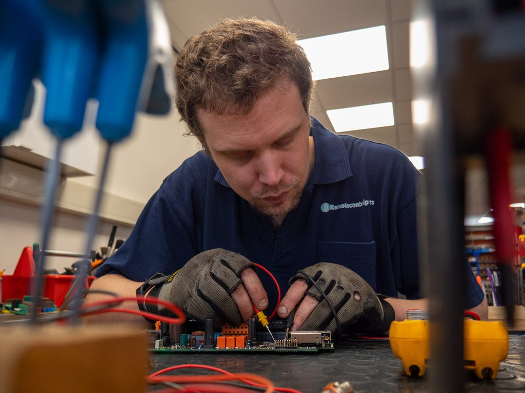 Reparatie & onderhoud van industriële afstandsbedieningssystemen